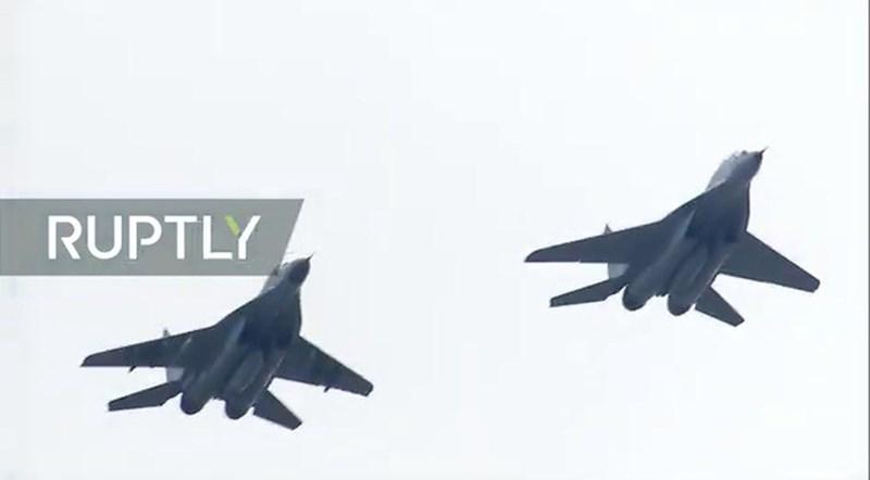 MiG-29SMT, đây là phiên bản mạnh nhất hiện nay của dòng tiêm kích MiG-29. So với nguyên bản, MiG-29SMT có năng lực tác chiến gấp 2,5 lần.