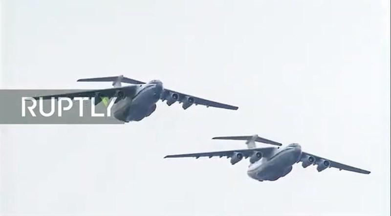 IL-76 vẫn là loại máy bay vận tải có số lượng đông đảo trong lực lượng không vận của Nga. Những chiếc IL-76 của Nga đóng vai trò cầu hàng không với Syria trong cuộc chiến đang diễn ra.