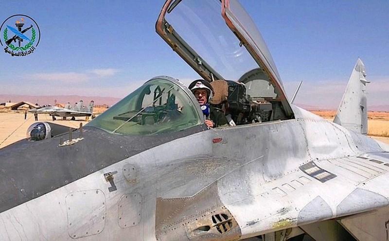 Mới đây trong 2 ngày 5 và 6-5, Bộ Quốc phòng Syria đã cho đăng hình ảnh chính thức về tiêm kích phản lực MiG-29. Qua đây, người xem phần nào thấy được tình cảnh hết sức