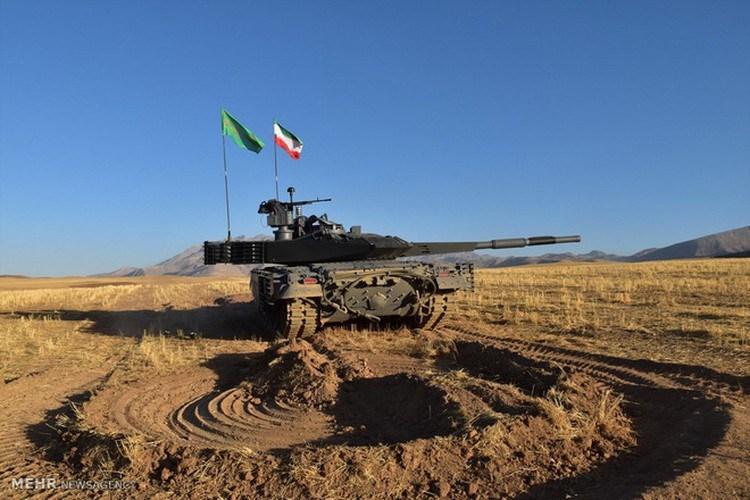 Nhưng bỏ qua chi tiết trên, việc Iran lựa chọn xe tăng chiến đấu chủ lực nội địa Karra thay vì nhập khẩu T-90 cho thấy quyết tâm của họ trong việc xây dựng nền công nghiệp quốc phòng mang tính tự chủ cao.
