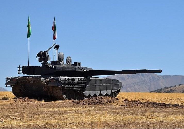 Mặc dù vậy, cũng có không ít chuyên gia quân sự bày tỏ nghi ngờ về tính năng đích thực của xe tăng Karrar, khi ngoài tháp pháo được thiết kế mô phỏng T-90MS thì thân xe vẫn mang đậm chất T-72.