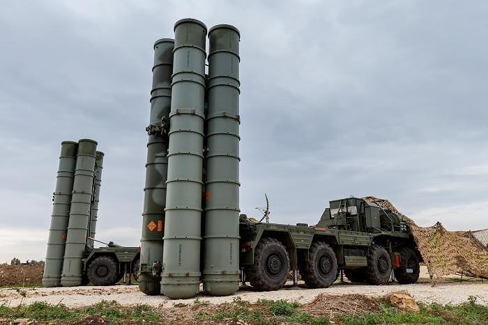 Bên cạnh đó, Nga đang phải phụ thuộc vào Thổ Nhĩ Kỳ trong dự án xây dựng đường ống vận chuyển khí đốt tới châu Âu nhằm tránh phải đi qua lãnh thổ Ukraine.