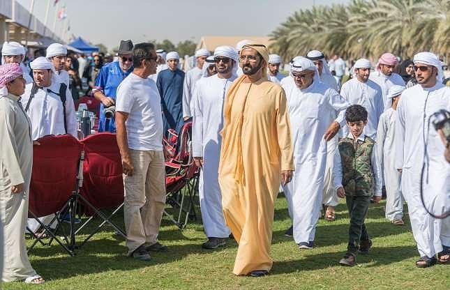 8. Hoàng gia Dubai: Nhà Maktoum là gia tộc nắm quyền tại Dubai. Từ năm 1833, hoàng gia có 12 thành viên chính và hàng trăm thân thích. Đến nay, tổng tài sản của gia tộc này đã đạt ngưỡng 19 tỷ đô la Mỹ.