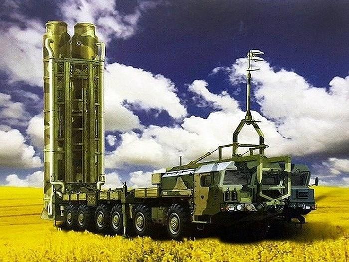 """""""Một khi S-500 không được bảo vệ bởi các hệ thống tầm ngắn và tầm trung, có thể dễ dàng bị phá hủy bởi các phương tiện tấn công tương đối đơn giản"""", chuyên gia Frolov nói."""