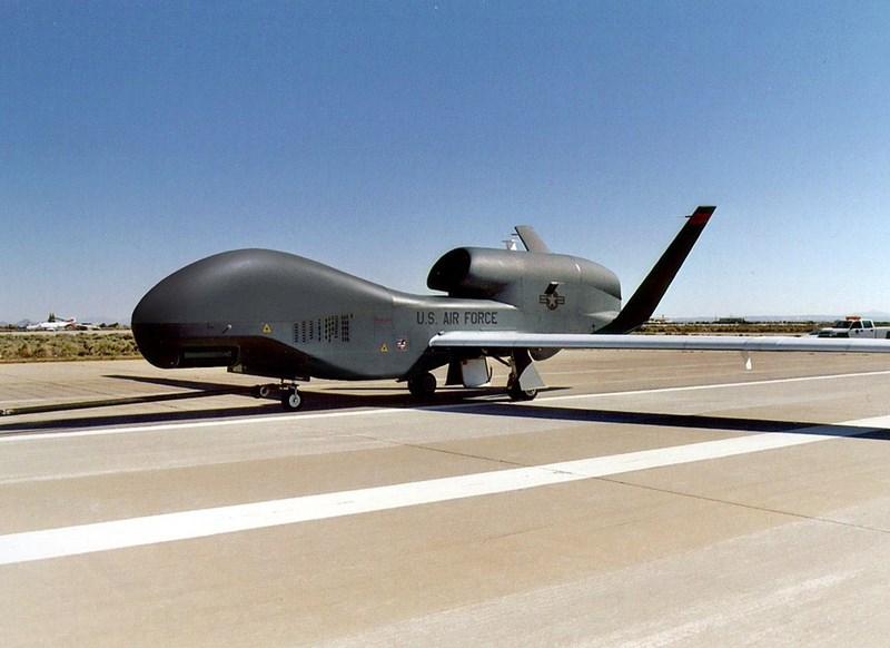 Iran chỉ đơn giản là gây nhiễu hệ thống định vị của máy bay trong một khoảng thời gian ngắn, khiến đường bay của chiếc RQ-4A Global Hawk bị sai lệch nhất định.