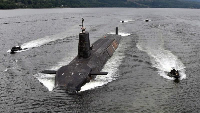 Sự xuất hiện của tàu ngầm và tàu chiến Anh gần biên giới Nga ở Bắc Cực là một thông điệp nghiêm túc đối với Moskva.