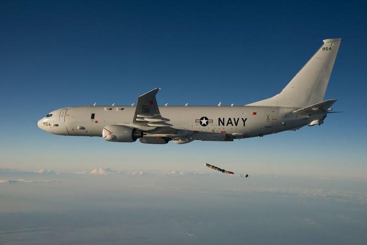 Điều này càng gây thắc mắc khi có tính đến việc Nga vẫn triển khai tại căn cứ không quân Hmeimim hệ thống phòng không tầm xa S-400 Triumf có khả năng phát hiện mục tiêu đường không ở khoảng cách lên tới 600 km.