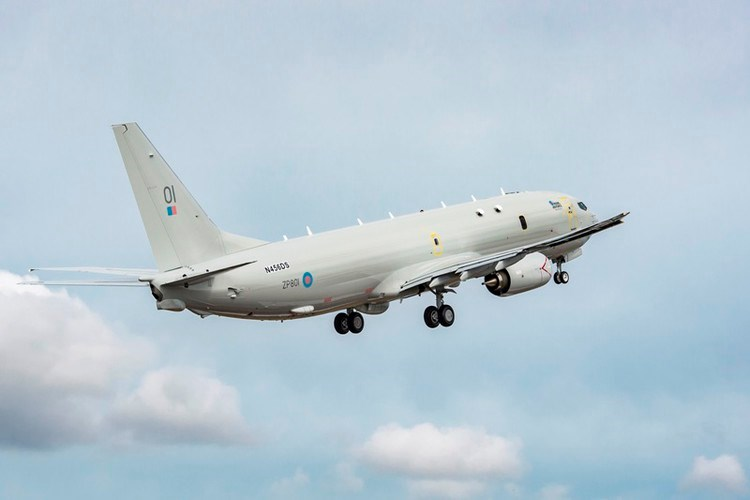 """""""Khoảng cách tiếp cận hai căn cứ nói trên của máy bay Mỹ lần lượt là 16 và 21 km, độ cao chuyến bay trung bình là 7,6 km so với mực nước biển"""", phiên bản tiếng Nga của tờ Ruposters thông báo."""