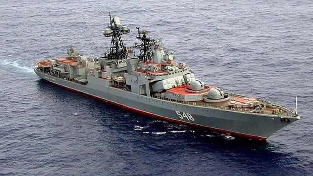 Với vai trò chính là tìm kiếm, phát hiện, săn lùng, tiêu diệt tất cả các loại tàu ngầm, khu trục hạm Udaloy được trang bị hệ thống vũ khí săn ngầm đồ sộ gồm tên lửa, ngư lôi, rocket.