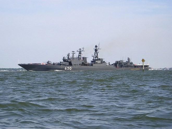 Trong biên chế hải quân Nga còn một khu trục hạm được phân loại thuộc lớp Udaloy II đó là chiếc Đô đốc Chabanenko, con tàu thay thế bệ phóng tên lửa SS-N-14 Silex bằng 3M-80 Moskit để chuyên trách chức năng chống hạm.