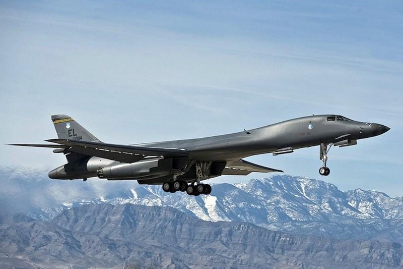 Cùng ý kiến, tướng Timothy Ray - chỉ huy Bộ Tư lệnh tấn công toàn cầu của không quân Mỹ thừa nhận việc kiểm tra đối với B-1B là cần thiết, mặc dù gây ảnh hưởng đến việc sẵn sàng chiến đấu.