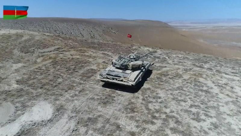 Ngoài ra, việc sử dụng hệ thống phun lửa hạng nặng TOS-1 và tổ hợp pháo phản lực phóng loạt BM-21 Grad như cáo buộc gần đây đã bị bác bỏ.