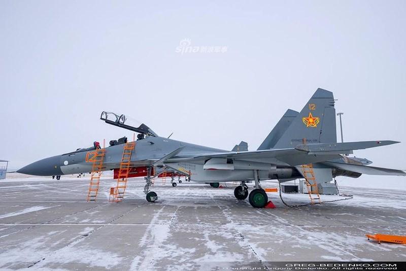 So với Su-30SM nguyên bản, tiêm kích Su-30SM1 (còn được gọi bằng cái tên Su-30SMD) mang trong mình hai cải tiến đáng kể nằm ở động cơ cũng như radar.