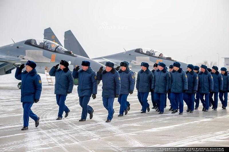Cụ thể, máy bay đã thay thế động cơ kiểm soát vector lực đẩy hai chiều (2D TVC) AL-31FP bằng loại AL-41F1S (3D TVC) đang được sử dụng cho tiêm kích Su-35S cũng như Su-57.