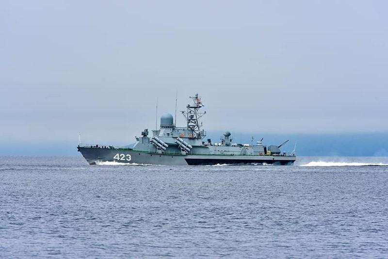 Mới đây hải quân Nga đã công bố hình ảnh tàu tên lửa Smerch số hiệu 423 thuộc dự án 1234.8 lớp Nanuchka chạy thử nghiệm trên biển sau khi hoàn thành việc nâng cấp, những đánh giá tích cực sẽ giúp cho lớp tàu này được nâng cấp hàng loạt theo cấu hình trên.