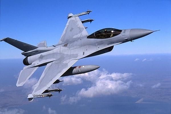 F-16V Viper theo đánh giá có năng lực chiến đấu không thua gì những máy bay chiến đấu thế hệ 4,5 hiện nay như Su-35 của Nga, JAS 39E/F của Thụy Điển hay Eurofighter Typhoon của châu Âu.