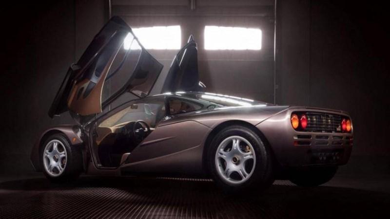 Đây chắc chắn là một trong những chiếc F1 có số km thấp nhất, thậm chí nó vẫn sử dụng bộ lốp lốp Goodyear Eagle F1 nguyên bản
