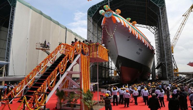 Ông R. Singh đưa ra tuyên bố này hôm 28-9 trong buổi lễ hạ thủy tàu khu trục tàng hình đầu tiên của loạt 7 chiếc được chế tạo cho Hải quân Ấn Độ thuộc khuôn khổ Dự án 17A (P-17A)