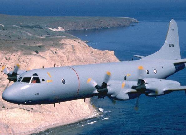 Đặc biệt, P-3C Orion có thể mang các tên lửa tấn công mặt đất như AGM-65 Maverick hay AGM-84 SLAM-ER.