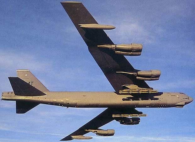 """""""Việc triển khai này giúp tăng cường sự ổn định và an ninh toàn cầu trong khi cho phép các đơn vị làm quen với lực lượng không quân Mỹ ở châu Âu"""", thông cáo báo chí ghi rõ."""