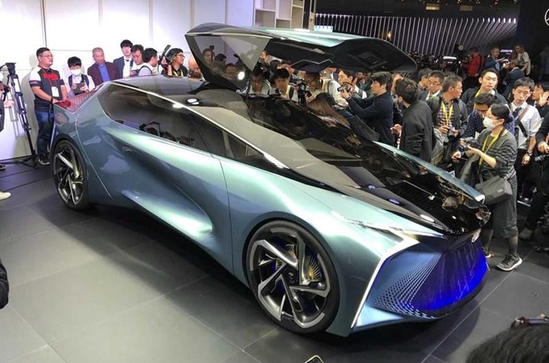 Mẫu xe concept chạy động cơ điện Lexus LF-30. (Ảnh: Autocar)