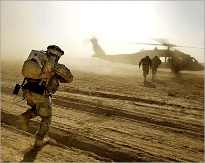 Một số chuyên gia quân sự cũng như các nhà quan sát tình hình khu vực nhận định rằng biên đội trực thăng vũ trang này thuộc liên minh chống khủng bố do Mỹ dẫn đầu.