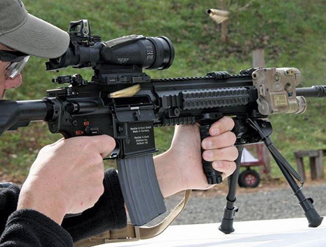 Sự khác biệt chính của HK416 so với M4 của Mỹ là cơ cấu trích khí.