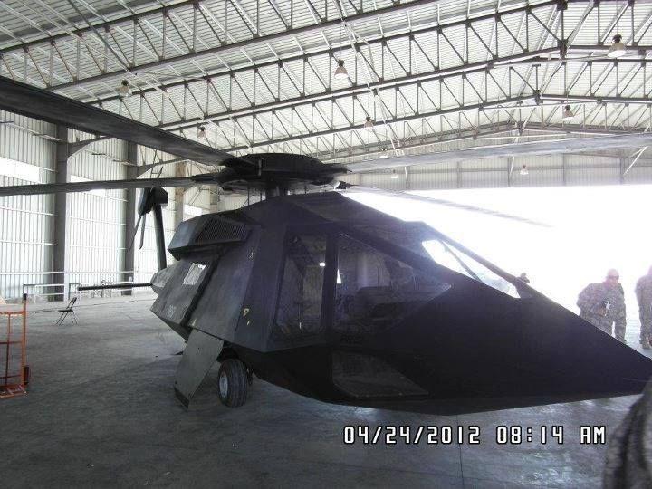 Nhiều khả năng đặc nhiệm Mỹ đã sử dụng loại trực thăng tàng hình bí ẩn như đã từng xuất hiện trong chiến dịch tấn công tiêu diệt Osama bin Laden năm xưa, vì vậy đã qua mặt được hệ thống radar của S-400 mà Nga triển khai ở Syria.