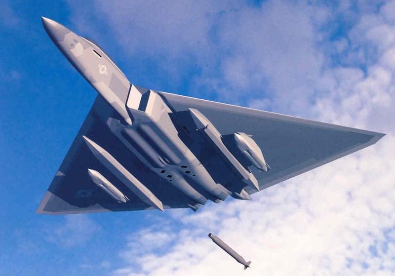 Điều này khiến không ít nhà quan sát cho rằng giới chức quốc phòng Mỹ có thể đã phải hối tiếc vì đã hủy dự án máy bay ném bom tàng hình tầm trung FB-22.