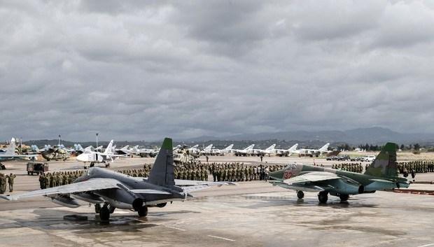 Hiện tại mặc dù đã giảm sự hiện diện quân sự tại Syria xuống mức tối thiểu nhưng bộ chỉ huy lực lượng tác chiến Nga tại Syria vẫn đóng tại sân bay Hmeimim, họ được sự bảo vệ của những đơn vị lính rất tinh nhuệ.