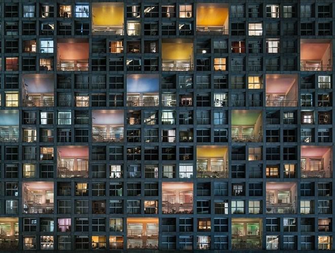 """Tác phẩm """"Life in Complex Ii"""" (Cuộc sống ở khu phức hợp Ii), chụp bởi tác giả Daniel Bonte. Bức ảnh đứng thứ 22 thể loại Kiến trúc và Môi trường xây dựng"""