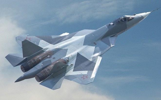 Diện tích phản xạ radar của Su-57 theo giới thiệu là rất nhỏ, khiến chúng khó bị phát hiện từ xa, kết hợp khả năng