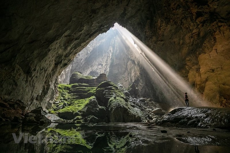 Bên trong hang Sơn Đoòng. (Nguồn: Oxalis Adventures/Ryandeboodt)