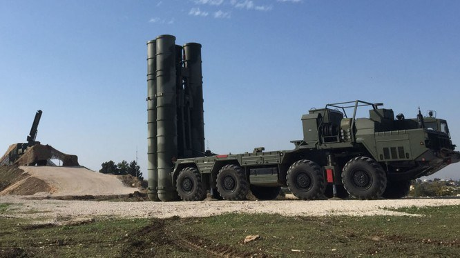 Ngoài phản ứng của Iran thì còn một diễn biến nữa cũng rất đáng quan tâm đó là Nga cho biết radar cảnh giới của tổ hợp phòng không S-400 triển khai cách đó 370 - 400 km đã theo dõi toàn bộ vụ thử.