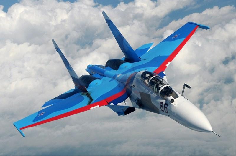 Đó là chưa kể cự ly mà tiêm kích Su-30MKI phát hiện được J-20 bị cho là rất ngắn, trong tình huống đối đầu trực tiếp thì chính nó mới bị J-20 nhận biết và tiêu diệt từ xa.
