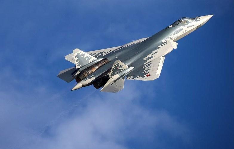 Mới đây, vụ tai nạn xảy ra với chiếc tiêm kích tàng hình thế hệ 5 Su-57 thuộc đợt sản xuất hàng loạt đầu tiên cho không quân Nga đã dẫn tới hậu quả nghiêm trọng là quá trình giao hàng sẽ chậm lại ít nhất 6 tháng để tìm lỗi kỹ thuật.