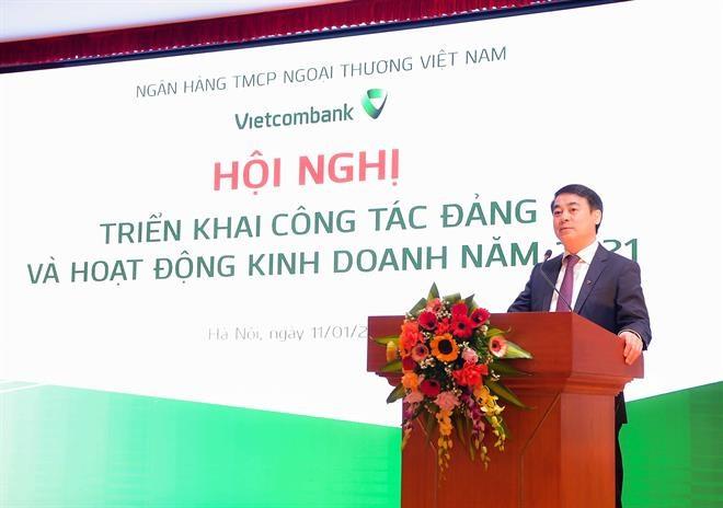 Ông Nghiêm Xuân Thành – Chủ tịch HĐQT Vietcombank phát biểu tại hội nghị