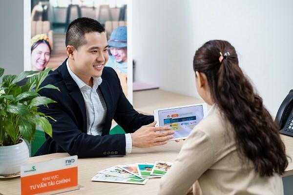 Vietcombank và FWD hợp tác độc quyền phân phối bảo hiểm qua ngân hàng - Ảnh 1