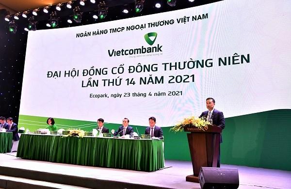 Ông Phạm Quang Dũng – Thành viên HĐQT kiêm Tổng giám đốc Vietcombank phát biểu tại Đại hội đồng cổ đông Vietcombank lần thứ 14
