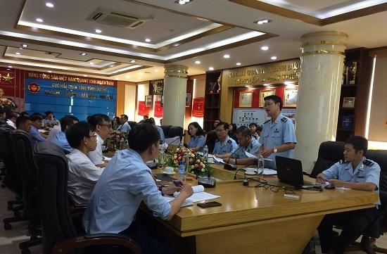 Các đại biểu đối thoại, tháo gỡ các khó khăn, vướng mắc trong hoạt động đại lý hải quan