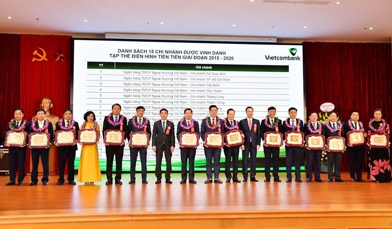 15 chi nhánh Vietcombank có thành tích tiêu biểu, là tập thể điển hình tiên tiến giai đoạn 2015 - 2020