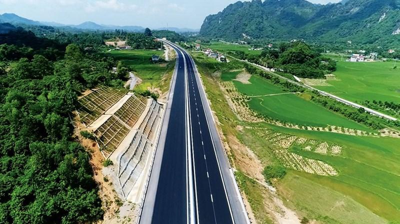 Sẽ có một số công trình hạ tầng giao thông trọng điểm được chuyển đổi hình thức đầu tư PPP thành đầu tư công để đẩy nhanh tiến độ triển khai.