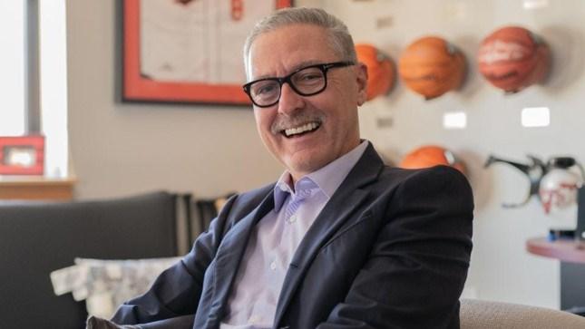 Chân dung của Mark Butler - CEO, chủ tịch và là nhà đồng sáng lập của Ollie's. Ảnh: Harry Fellows.