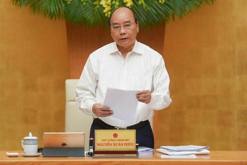 Thủ tướng Nguyễn Xuân Phúc phát biểu kết luận phiên họp.