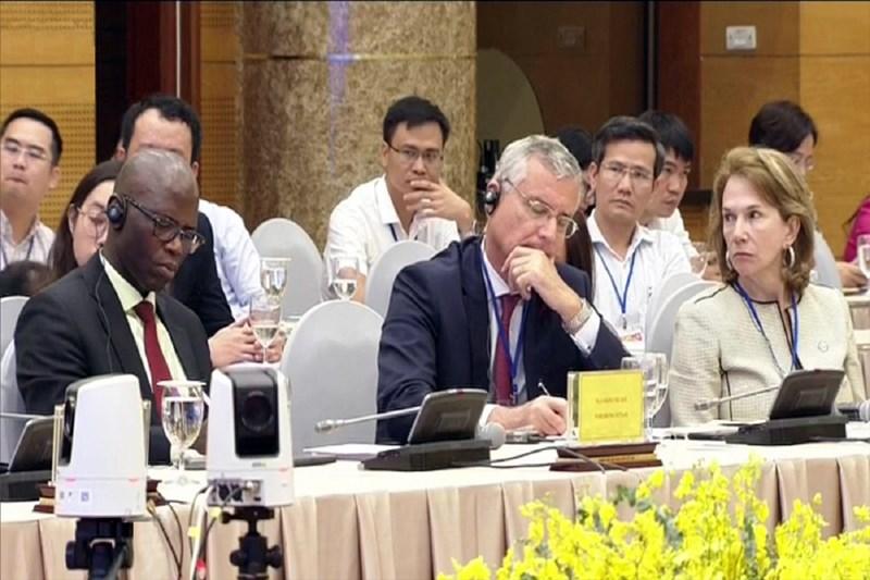 Các đại biểu thuộc các tổ chức tài chính quốc tế tham dự Hội nghị.