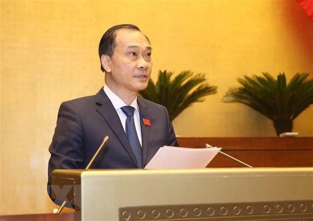 Ủy viên Ủy ban Thường vụ Quốc hội, Chủ nhiệm Ủy ban Kinh tế của Quốc hội Vũ Hồng Thanh trình bày Báo cáo giải trình, tiếp thu, chỉnh lý dự án Luật Đầu tư theo phương thức đối tác công tư (PPP).