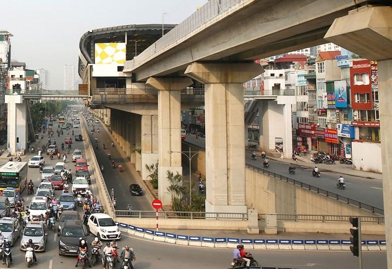 Tuyến đường sắt Cát Linh - Hà Đông vẫn chưa vận hành thương mại như dự kiến. Ảnh: Lê Tiên.