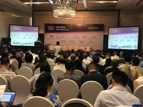Quang cảnh hội thảo Huy động tài chính cho điện gió tại Việt Nam.