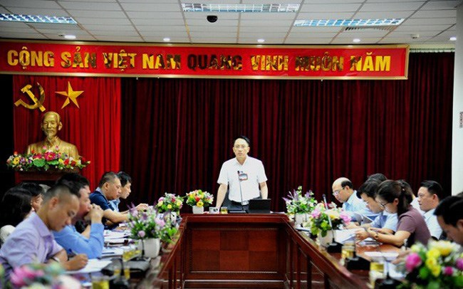 Lãnh đạo Cục Thuế Hà Nội làm việc với các DN nợ thuế.
