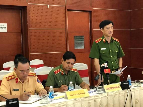 Thứ trưởng Bộ Công an Nguyễn Duy Ngọc phát biểu tại phiên họp.